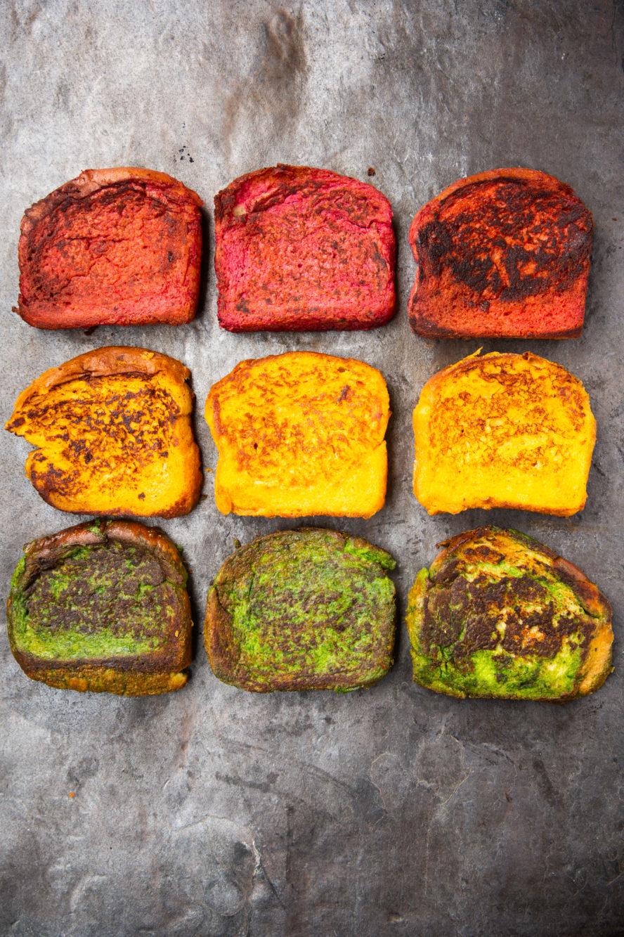 Déjeuner aux légumes - pain doré