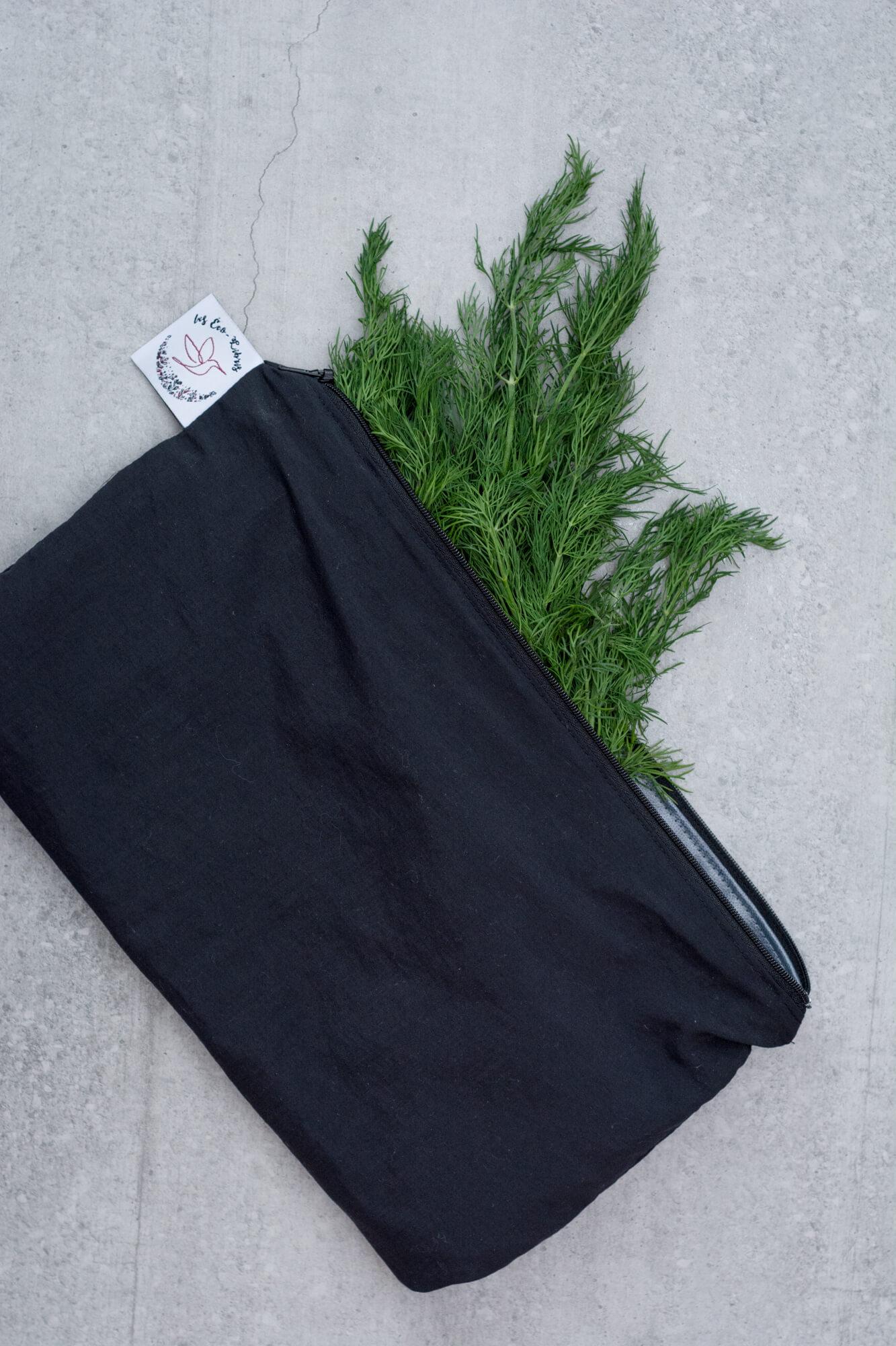 Conserver vos fines herbes dans des sacs réutilisables